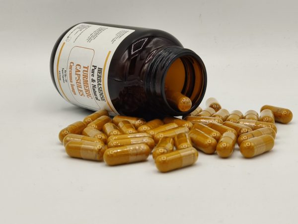 TURMERIC CURCUMA CAPSULES IN BOTTLE